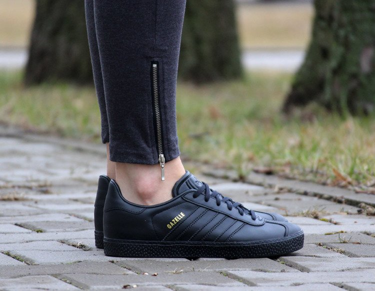 BY9146) | Womens \\ Adidas | Kicks Sport