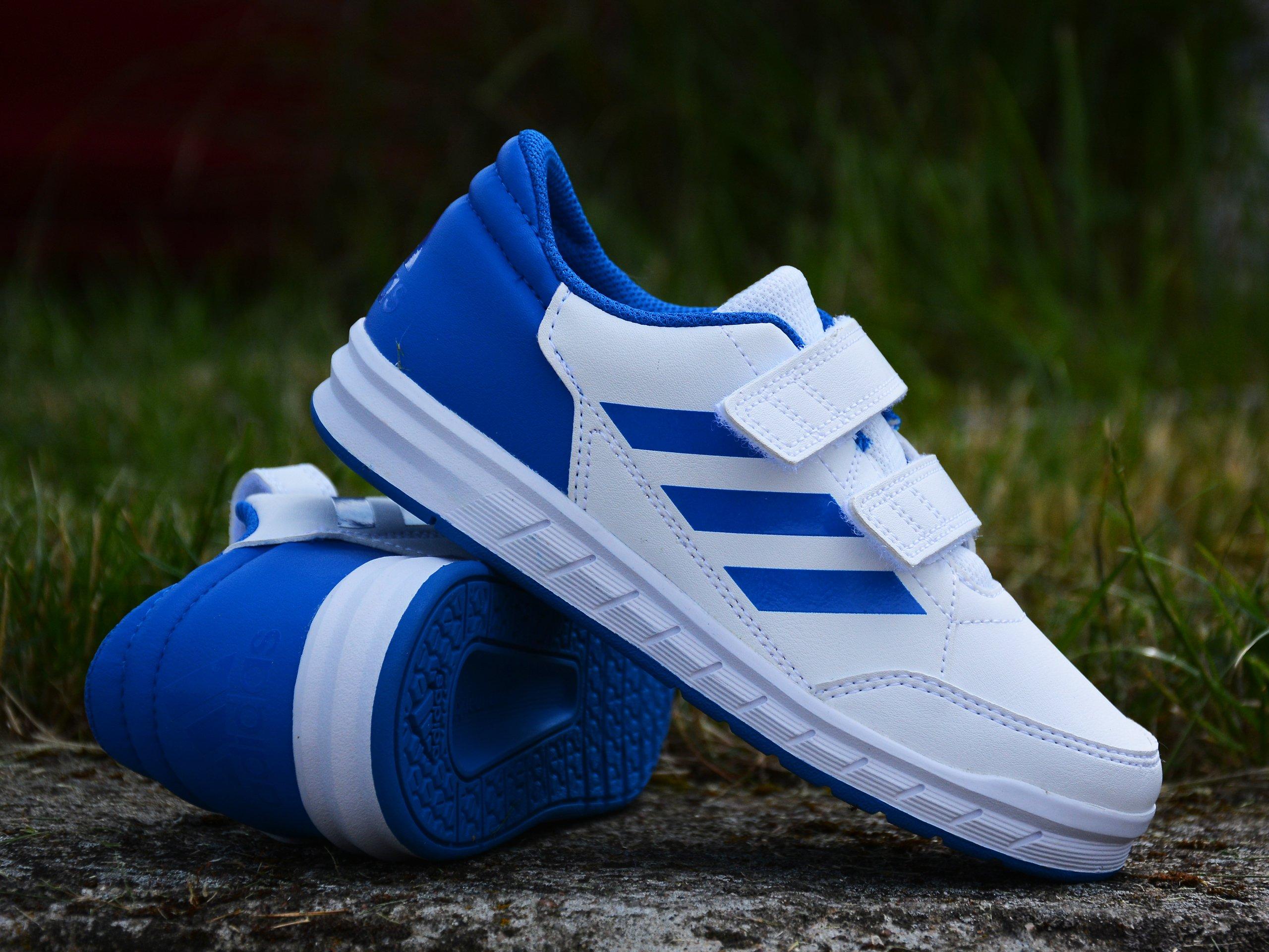 Adidas - Altasport D96827 - Sneakers - White / Blue