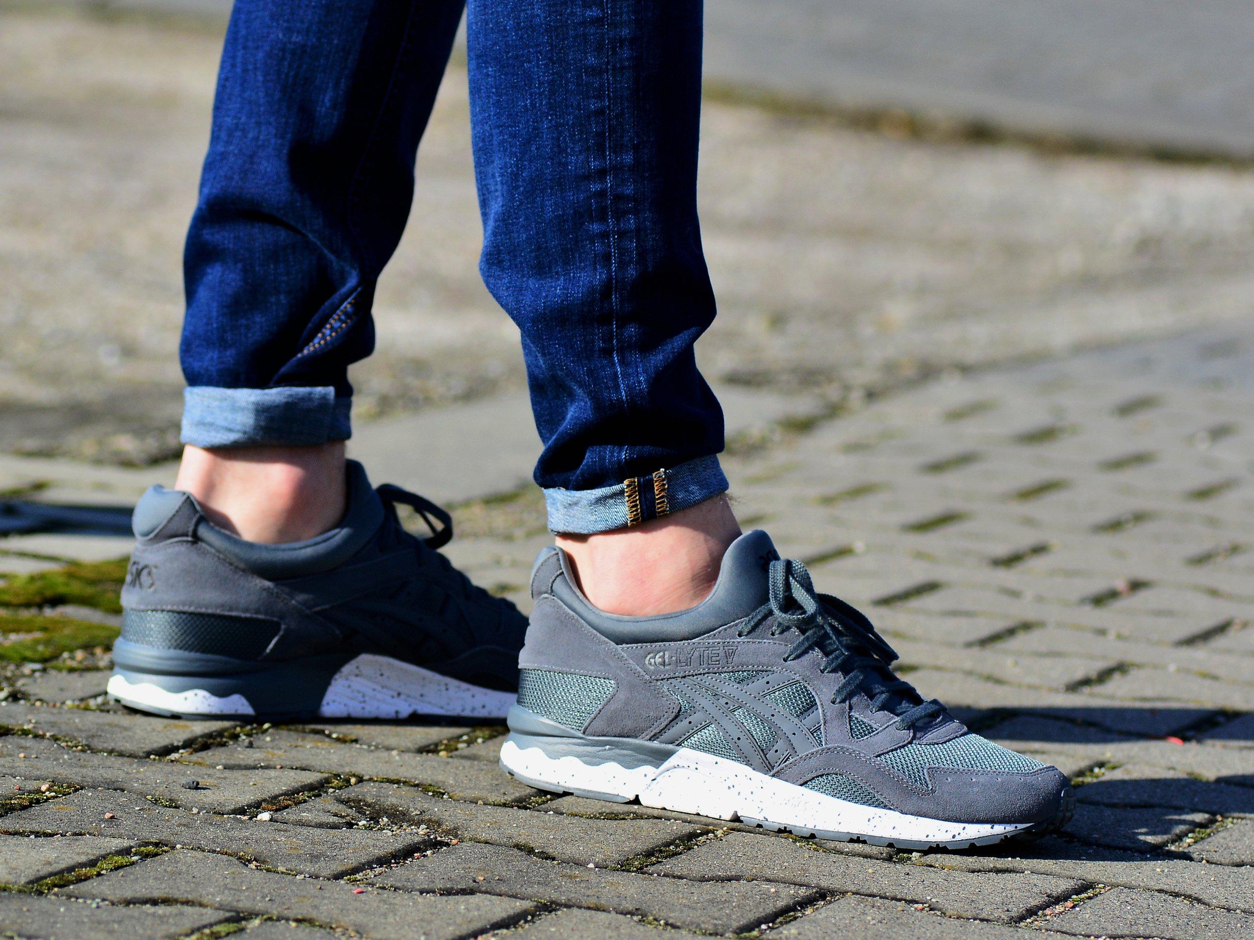 Asics - Gel Lyte V H7JRQ-9797 - Sneakers - Grey   Mens \ Asics ...
