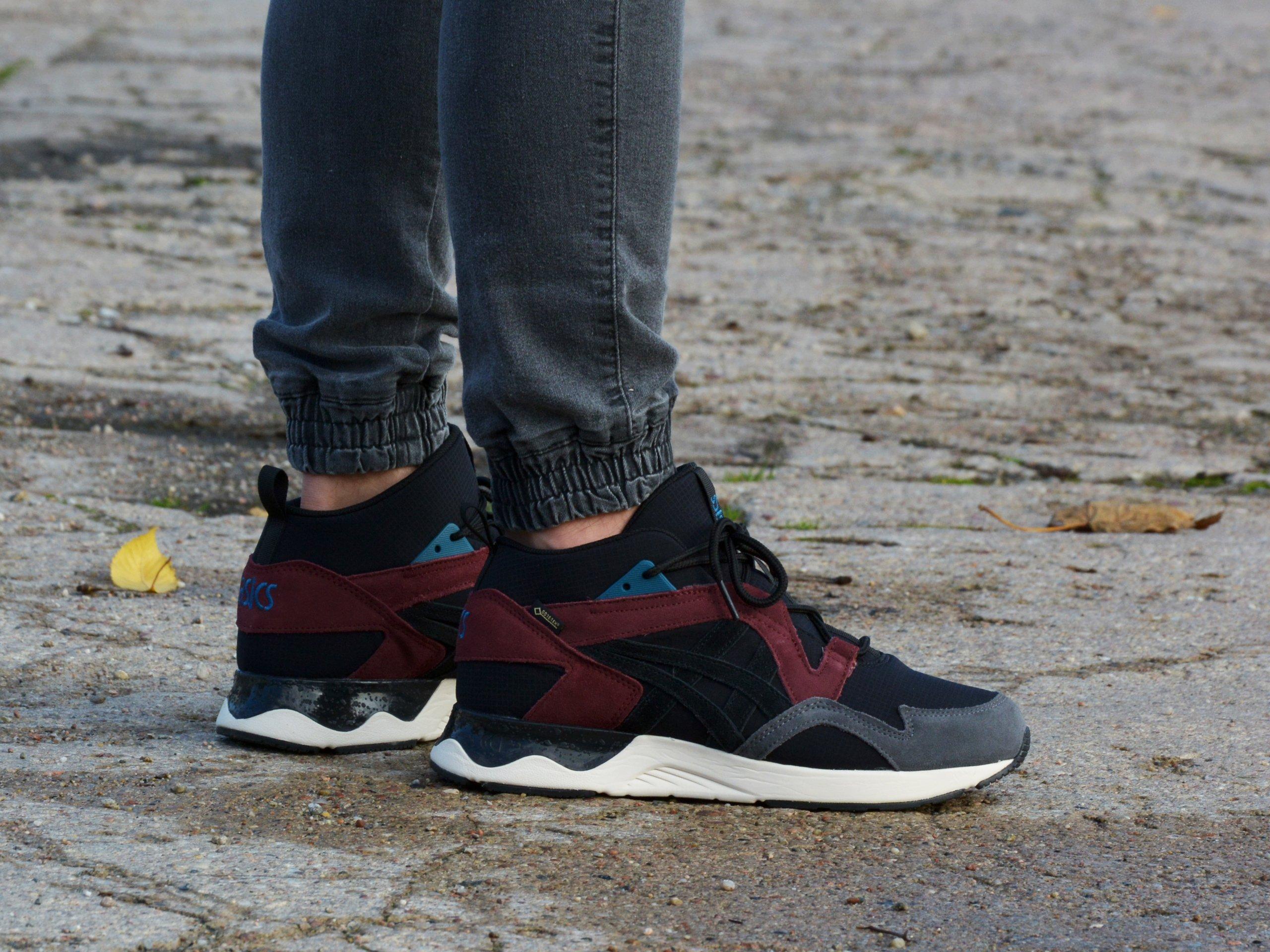 Asics - Gel-Lyte V Sanze Mt Gore Tex 1193A050-001 - Sneakers - Black / Burgundy