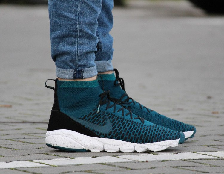 Ártico Subvención Universidad  NIKE AIR FOOTSCAPE MAGISTA FLYKNIT (830600-300) | Mens \ Nike | Kicks Sport  - a trusted supplier of branded sports footwear