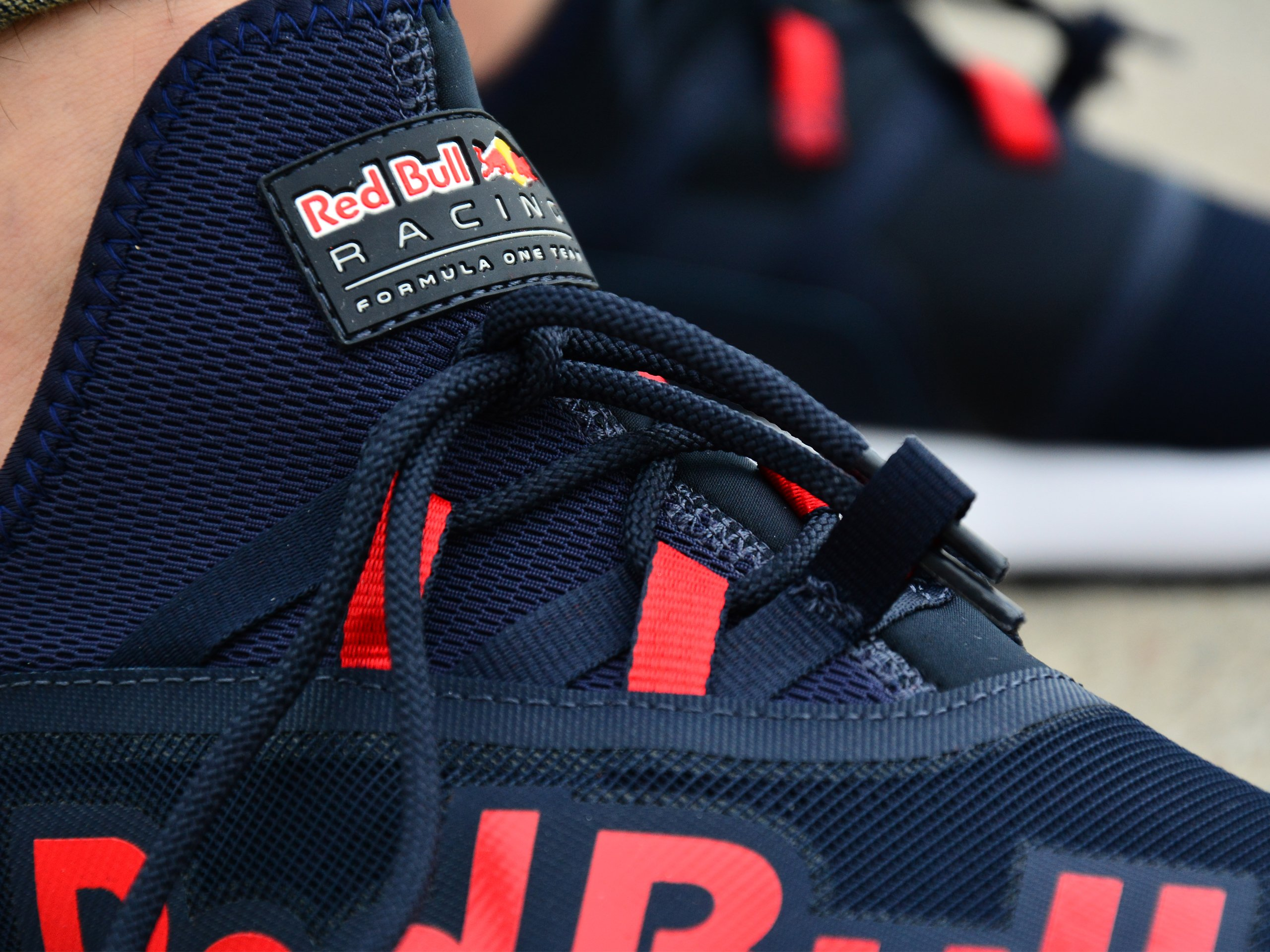 red bull racing evo cat ii sneakers