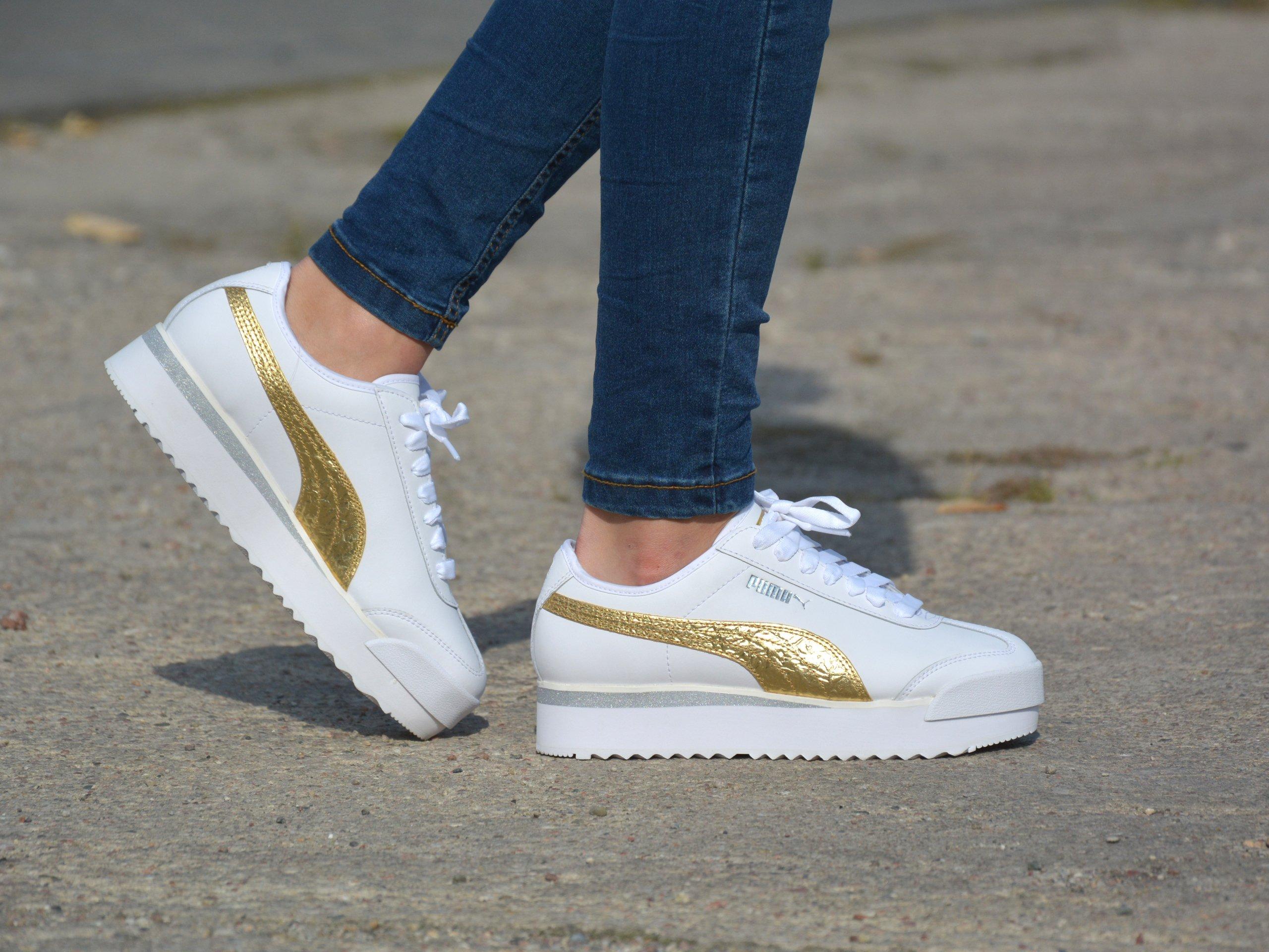 Puma - Roma Amor 371702-01 - Sneakers - White / Gold   Womens ...
