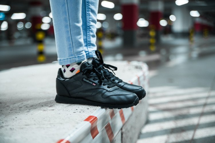 the sale of shoes undefeated x purchase cheap REEBOK CLASSIC LEATHER (50149)