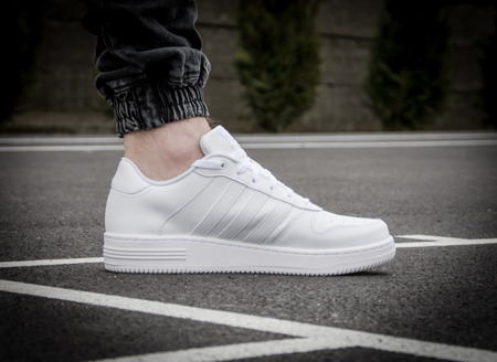 ADIDAS NEO TEAM COURT (AQ1289)