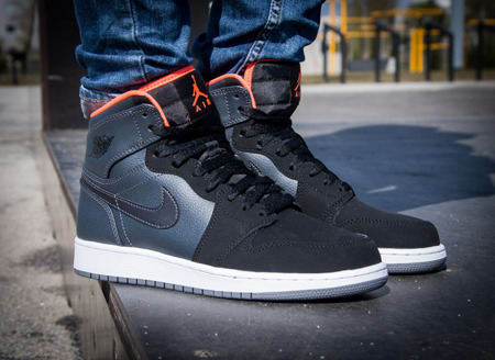 AIR JORDAN 1 RETRO HIGH BG (705300-016)