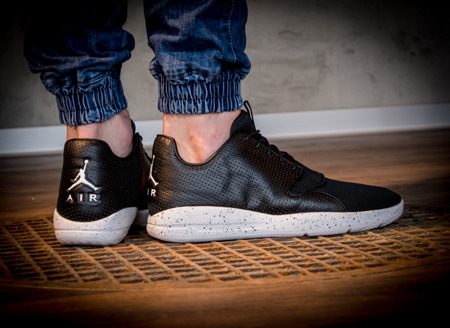 AIR JORDAN ECLIPSE (724010-012)