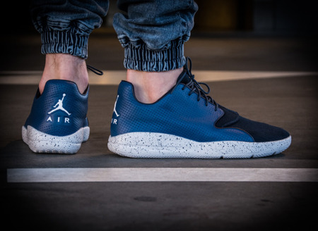AIR JORDAN ECLIPSE (724010-401)