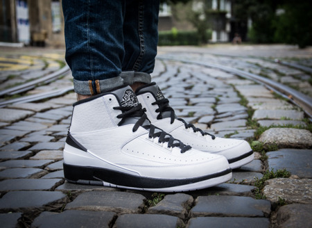 "AIR JORDAN II RETRO ""WING IT"" (834272-103)"