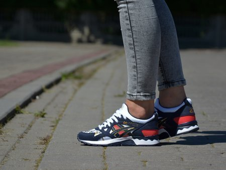 Asics - Gel-Lyte V 1193A157-101 - Sneakers - Navy / White / Red