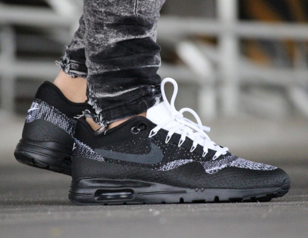 BEST PRICE! NIKE WMNS AIR MAX 1 ULTRA FLYKNIT (859517-001)