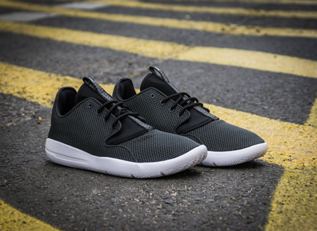 JORDAN ECLIPSE GS (724042-010)