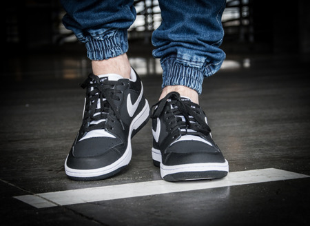 NIKE COURT FORCE (313561-019)