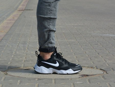 Nike - Air Heights AT4522-003 - Sneakers - Black / White