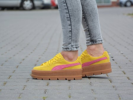 Puma - Cleated Creeper Suede WN'S 366268-03 - Sneakers - Yellow / Pink