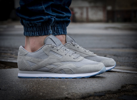 REEBOK CL NYLON TECH (V67823)