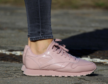 "REEBOK CLASSIC LEATHER IL  ""Shell Pink"" (BS6584)"