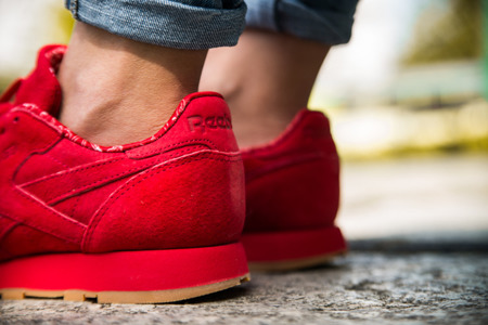 REEBOK CLASSIC LEATHER PAISLEY PACK SCARLET (BD3231)
